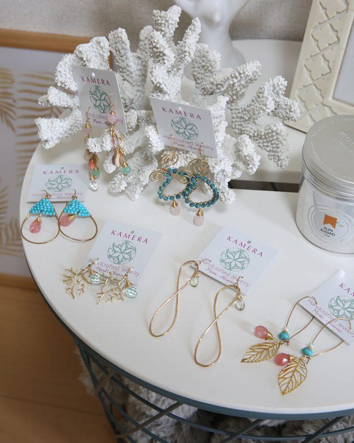 ハワイアンジュエリーブランドKamera Jewelry(カメラジュエリー)はリゾートファッションと相性抜群のビーチアクセサリー