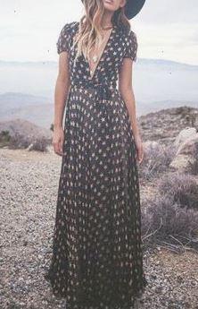 王道のマキシワンピでボヘミアンファッションコーデ