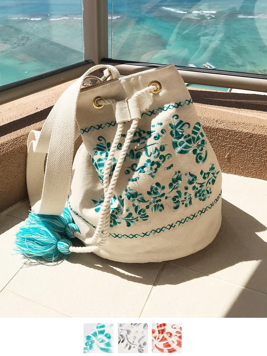 刺繍が可愛いビーチショルダーバッグ